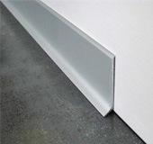 Plinten betonvloer afwerken: onzichtbare plint, geadoniseerde, ...