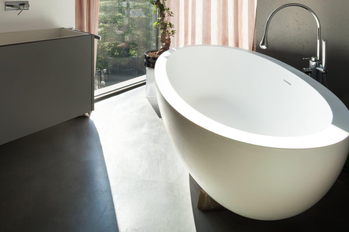 Betonvloer Badkamer Kosten : Betonvloer in de badkamer mogelijkheden en hun prijzen